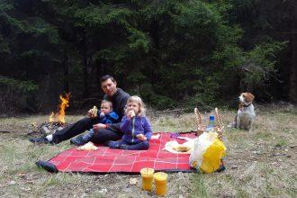 Aventuri in cinci Picnic la Casele Micesti