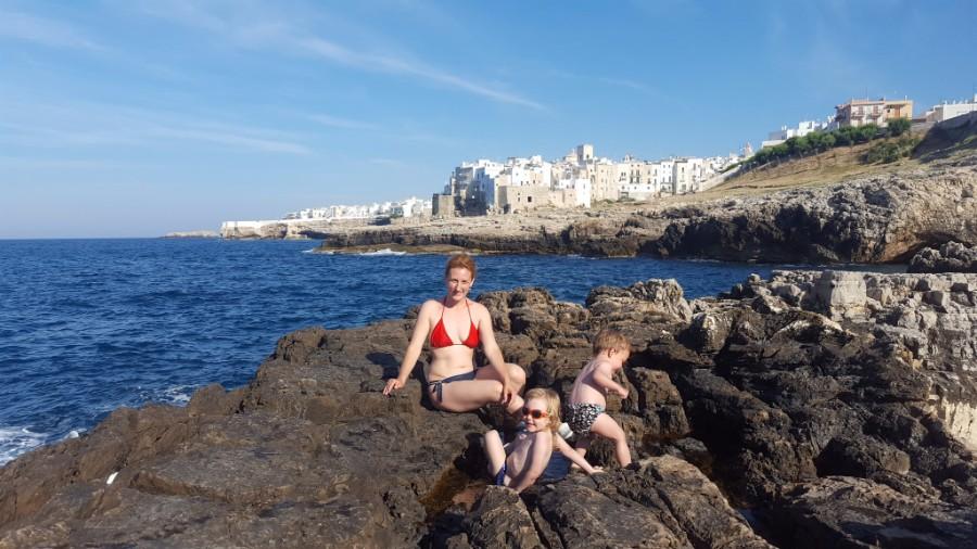 O saptamana in Puglia cu copiii: Bari, Polignano a Mare, Alberobello, Monopoli