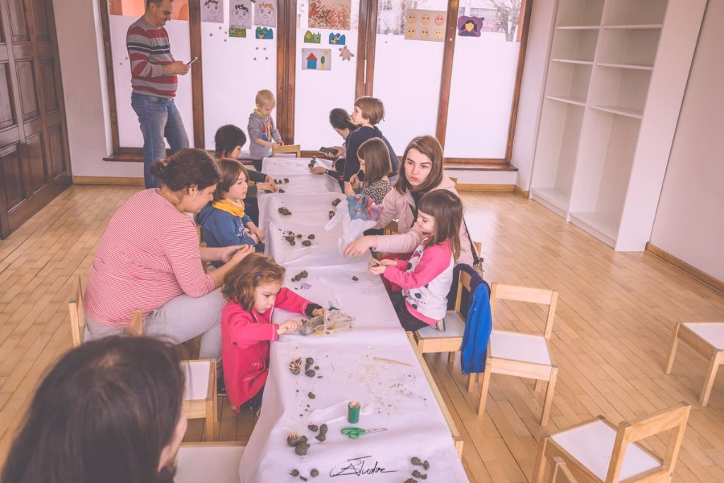Aventuri in cinci Salonul de carte Ce le citim copiilor